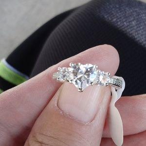 3 stone Silver zircon ring sz 7